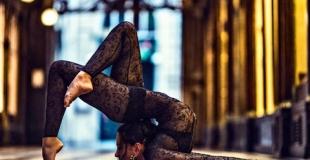 Contorsionniste dans la tradition du Cirque de Pékin - Elodie Chan